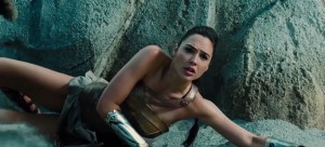 Wonder-Woman-International-Trailer-8