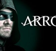 "GILBERT Reviews Arrow 6×01 ""FALLOUT"""